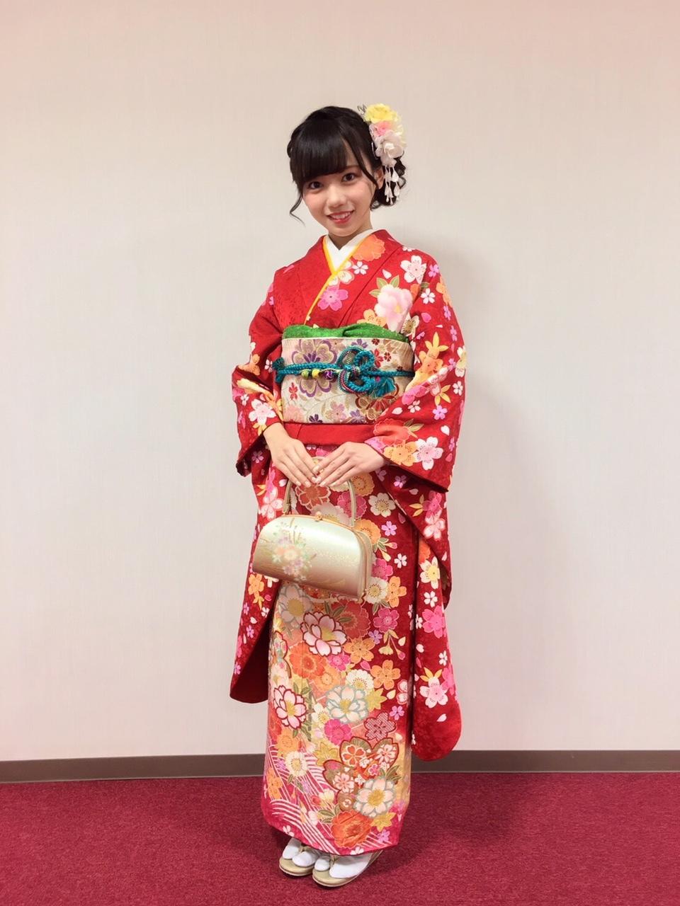 http://cdn.keyakizaka46.com/files/14/diary/k46/member/moblog/201801/mobvUSxnq.jpg