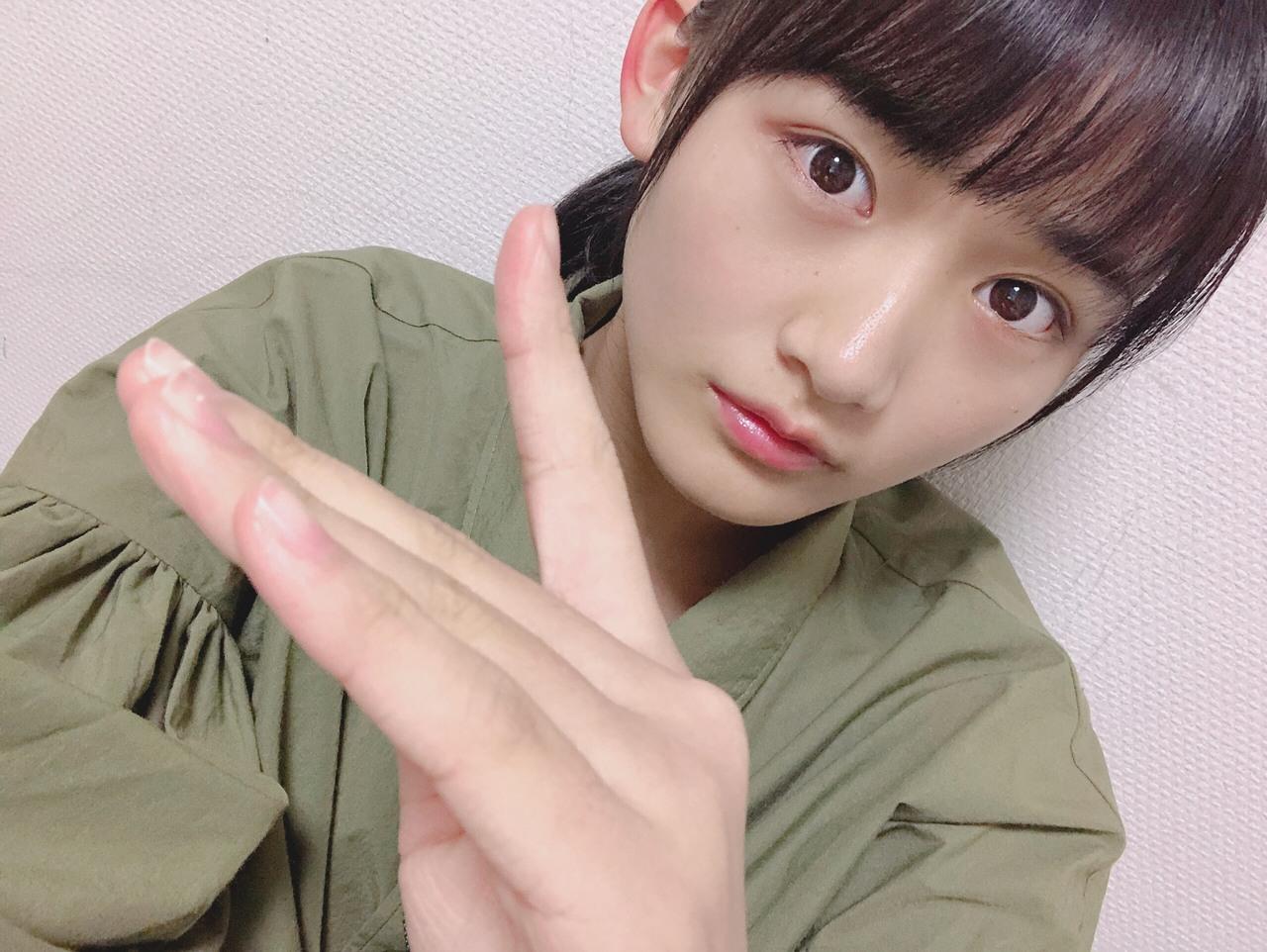 はじめまして。欅坂46二期生の山﨑 天です。よろしくお願いいたします。